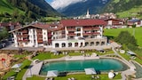Book this Parking available Hotel in Neustift Im Stubaital