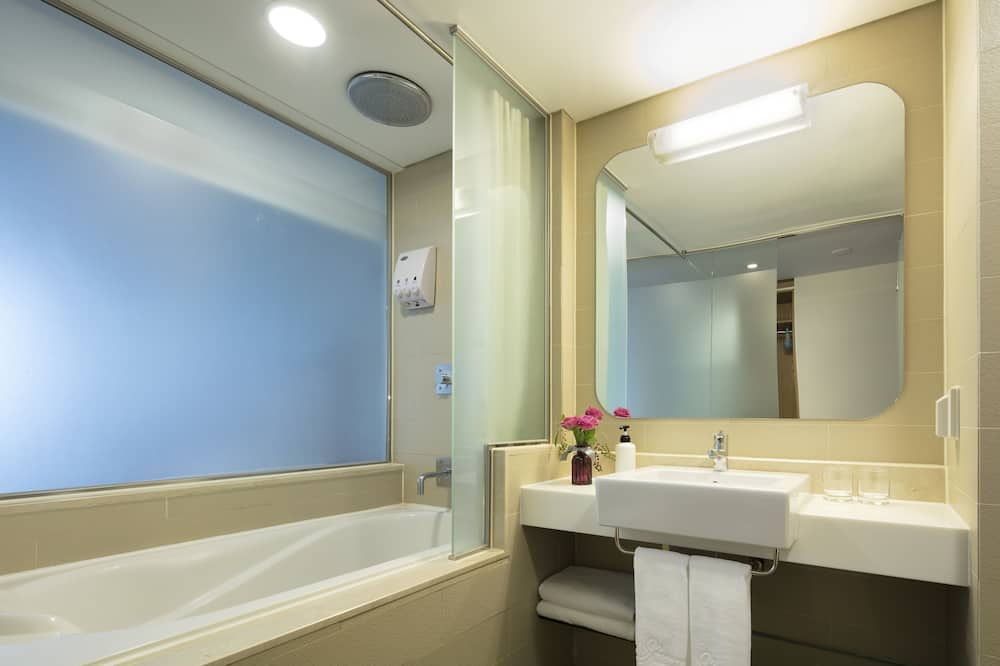 [30 Hours Stay] Family Twin Room (Check-in 12:00 ~ Check-out 18:00) - Vannituba