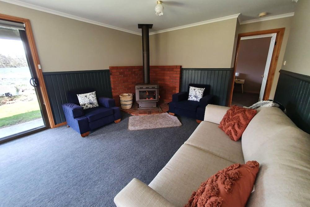كابينة كلاسيكية - غرفتا نوم - منظر للبحيرة - غرفة معيشة