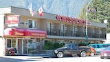 Reserve this hotel in Hope, British Columbia