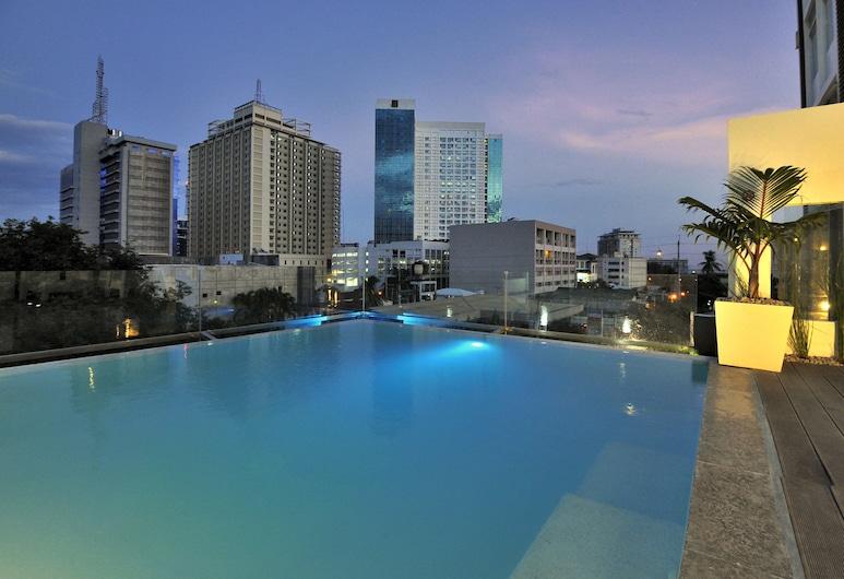 Wellcôme Hotel, Cebu, Zwembad op dak