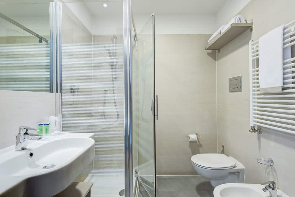 Economy Double Room (Single Use) - Bilik mandi