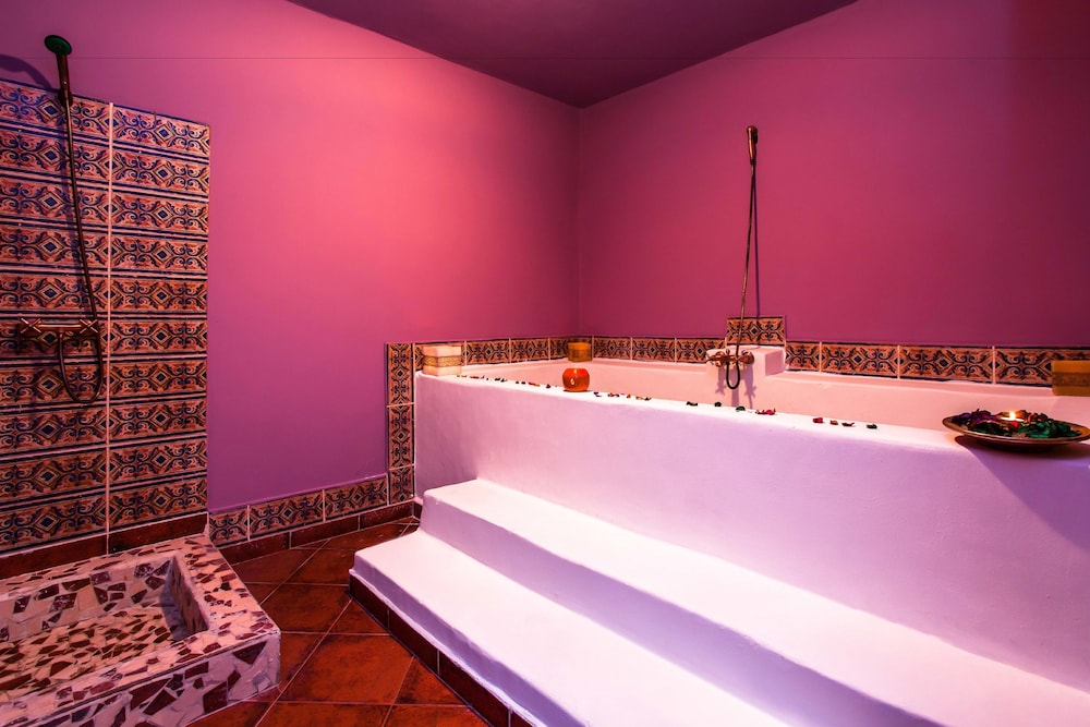 Book Hotel Asmaa in Chefchaouen | Hotels.com