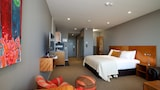 New Plymouth hotel photo