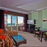 Family Apartment, Sea View - Ruang Tamu