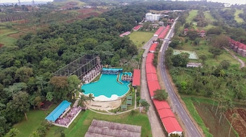 Picture of Chateau Royale Hotel Resort and Spa in Tagaytay