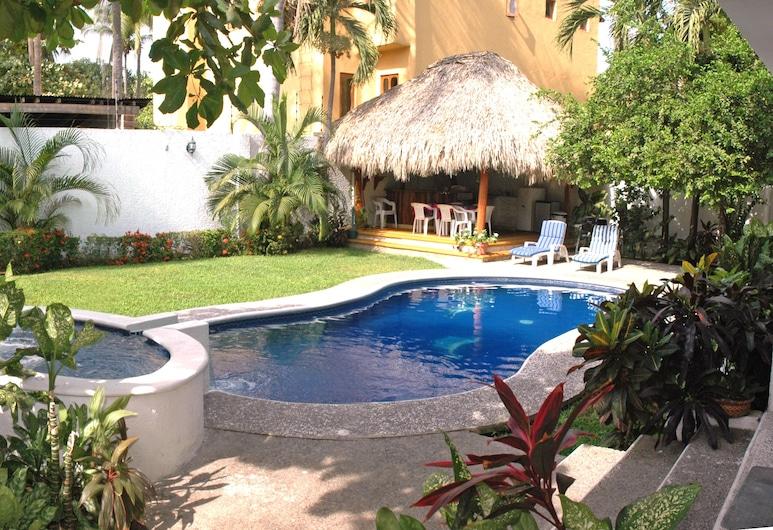 Villas Mercedes, Zihuatanejo, Outdoor Pool