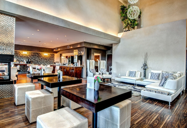 Home Inn & Suites Yorkton, Yorkton, Entrada interior