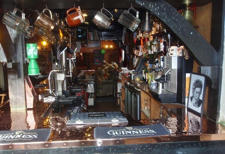 The Mucky Duck Inn, Horsham, Bar Hotel