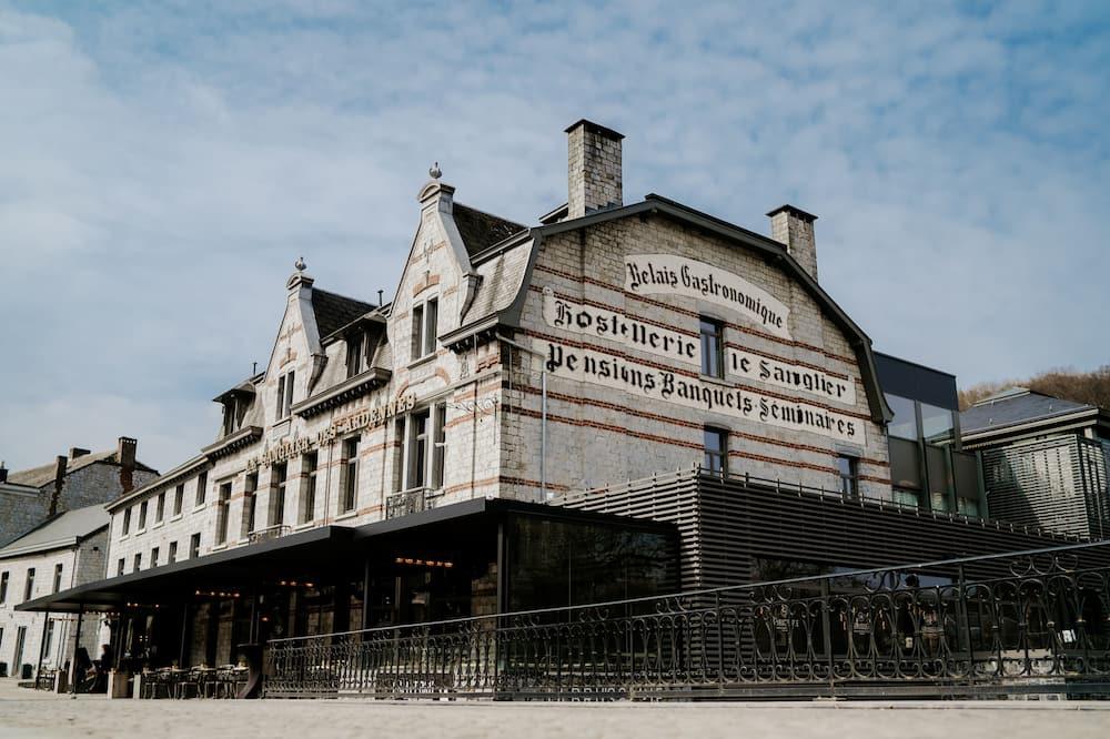 Hotel Sanglier