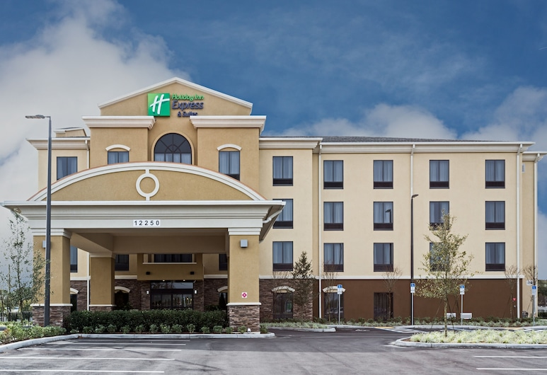 Holiday Inn Express & Suites Orlando East - UCF Area, Orlando