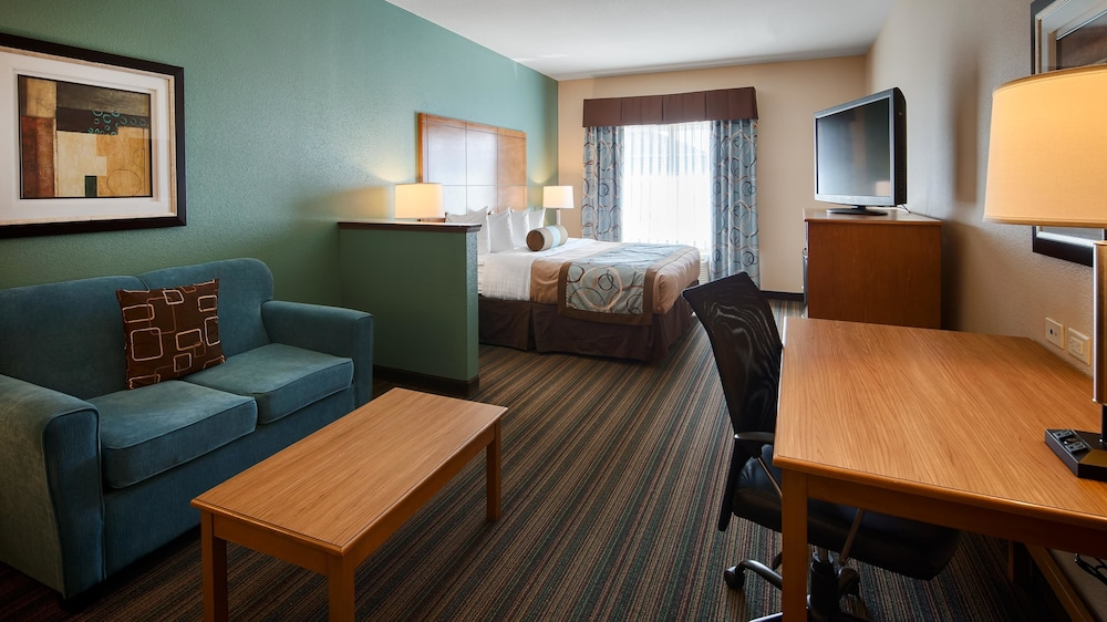Best Western Plus Seminole Hotel Suites