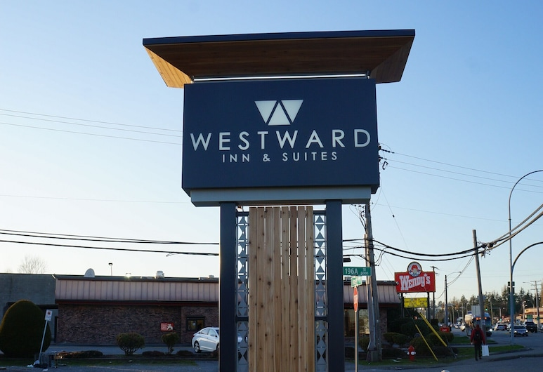 Westward Inn & Suites, Langley, Wejście do hotelu
