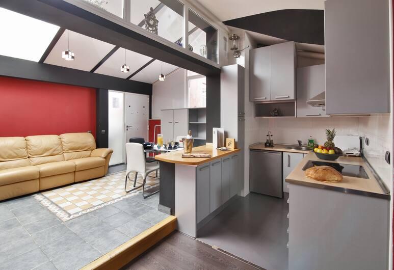 Apartamentos El Tiempo Madrid, Madrid, Deluxe Apartment (5-6 Adults), Room