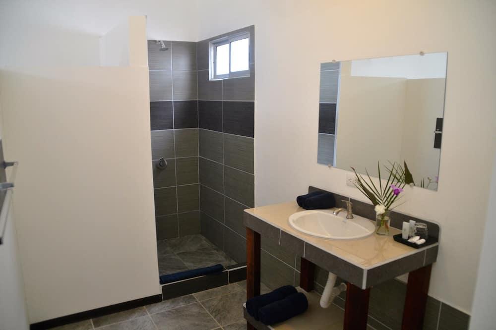 Superior-Zimmer, Terrasse - Badezimmer