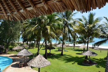 Enter your dates for our Diani Beach last minute prices
