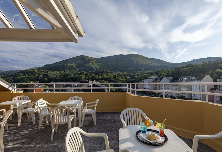 Hotel Paradis, Lourdes, Teras/Veranda
