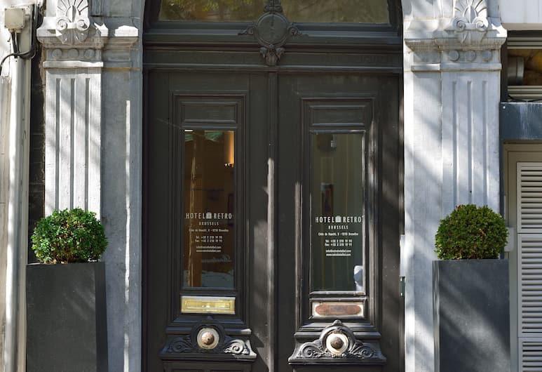 Hotel Retro, Brussels, Hotel Entrance