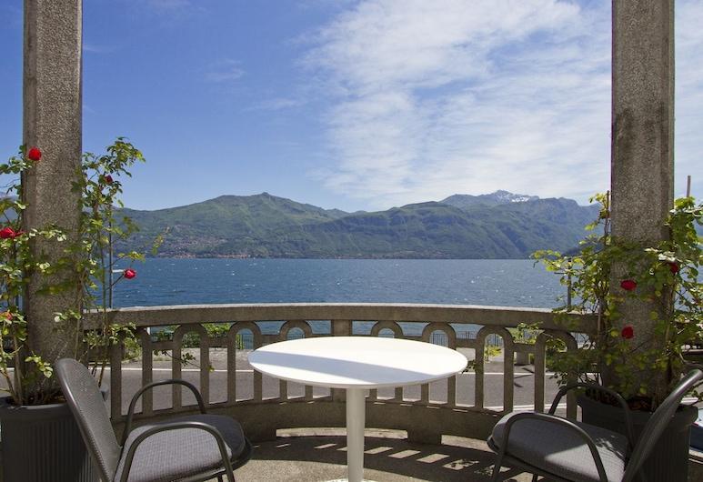 Hotel Villa Hadeel, Griante, Terrace/Patio