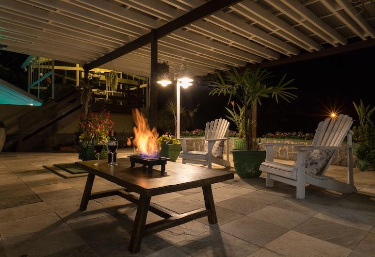 Hotel Parque das Flores, Campos do Jordão, Posezení ve vstupní hale