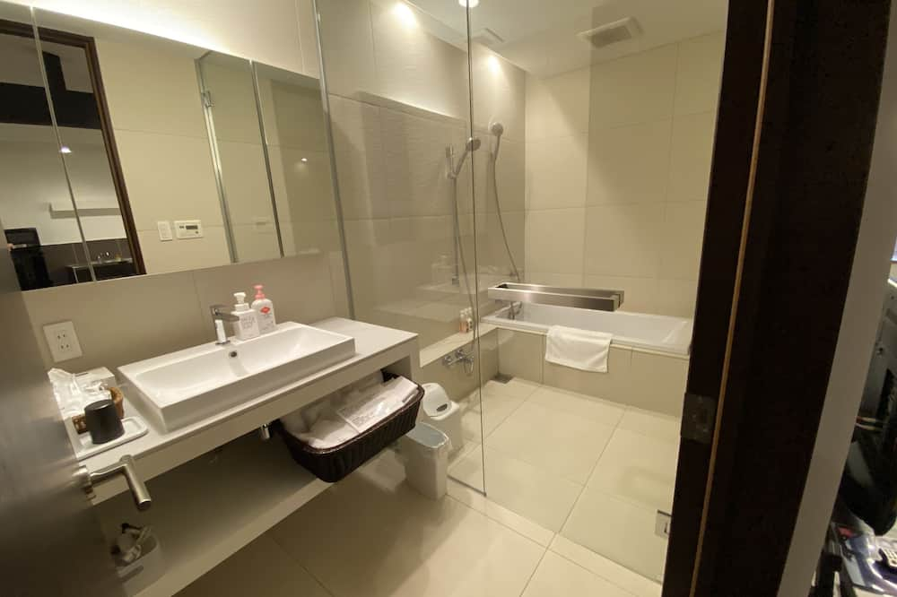 別邸102号室(1階)、禁煙(53平米)(3歳から有料) - バスルーム