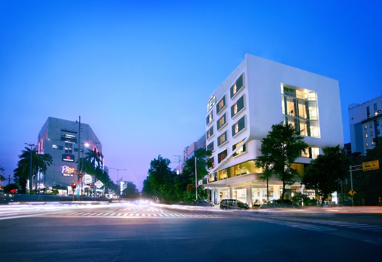 Neo Hotel Melawai by ASTON, Jakarta
