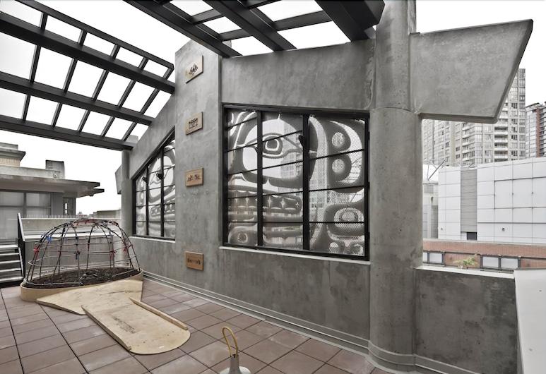 Skwachàys Lodge, Vancouver, Terrasse/veranda
