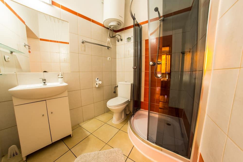 Standard Tek Büyük Yataklı Oda, Ortak Banyo - Banyo