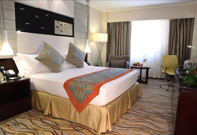 Four Points by Sheraton Riyadh Khaldia, Riyadh, Traditional Room, Guest Room