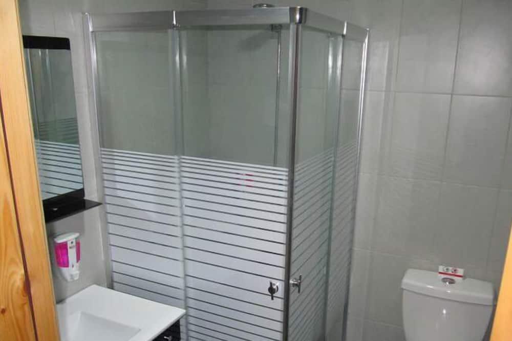 standartinis kambarys - Vonios kambarys