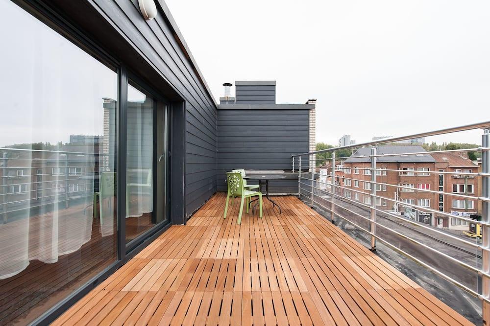 Habitación superior con 2 camas individuales, 1 habitación - Terraza o patio