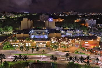 Picture of Guam Plaza Resort & Spa in Tamuning