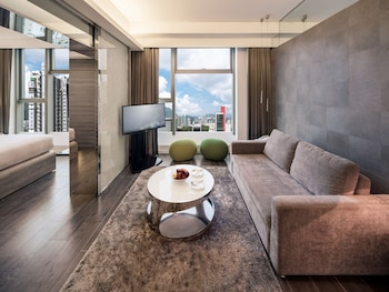 Picture of Lodgewood by Nina Hospitality丨Mong Kok (Formerly Lodgewood by L'hotel Mongkok Hong Kong) in Kowloon