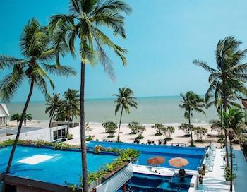 A(z) Dhevan Dara Beach Villa hotel fényképe itt: Prachuap Khiri Khan