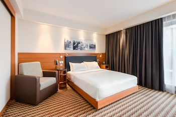 Picture of Hampton by Hilton Warsaw Airport in Warsaw