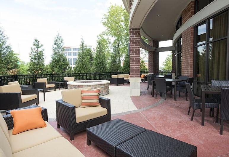 Courtyard Cincinnati Midtown/Rookwood, Cincinnati, Terrace/Patio