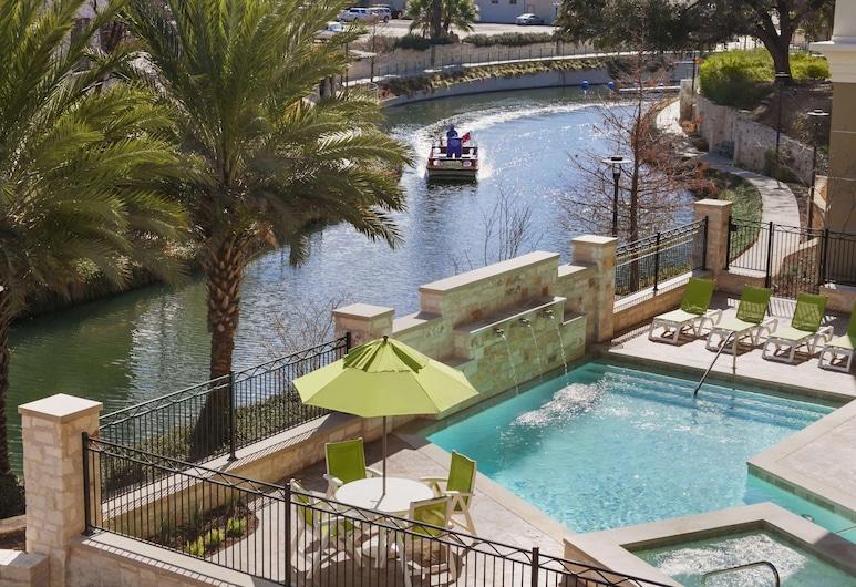 Wyndham Garden San Antonio Riverwalk/Museum Reach, San Antonio, Pool