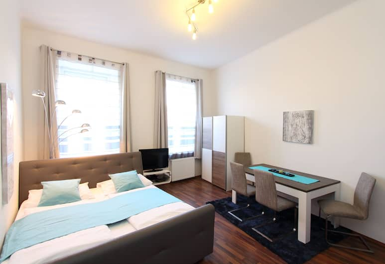 CheckVienna – Apartment Roßauer Lände, Vienna, Condo, 1 Bedroom, Room