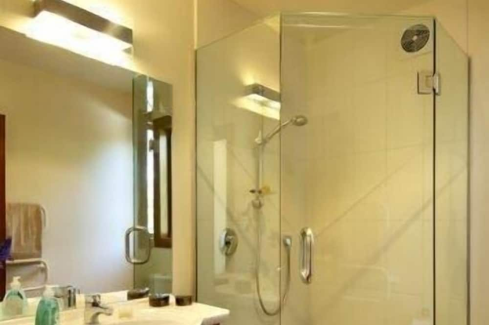 Doppelzimmer (Coronet View Room) - Badezimmer