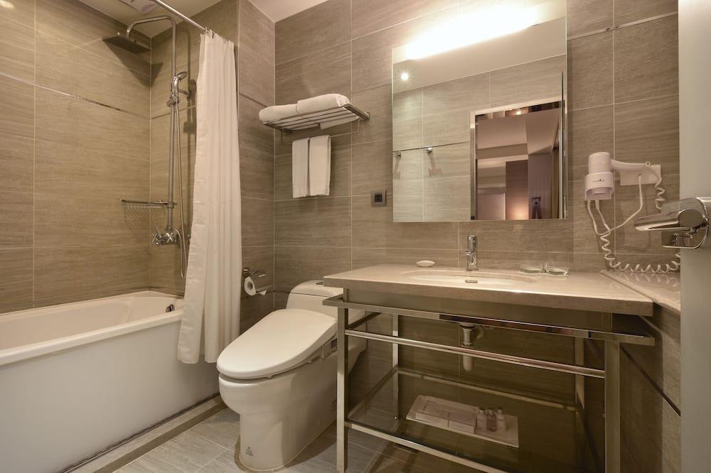 時尚雙人房帶加床房(1大床+1單人床) - 浴室
