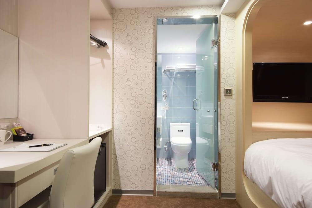 小型雙人間, 無窗戶 - 浴室