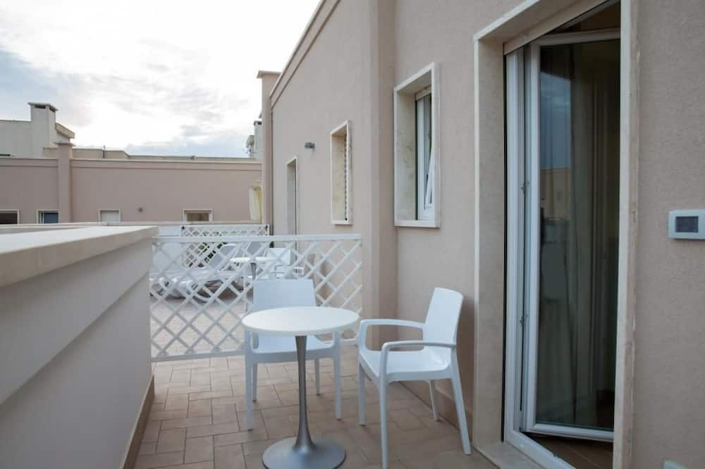 Paaugstināta komforta numurs, balkons - Balkons