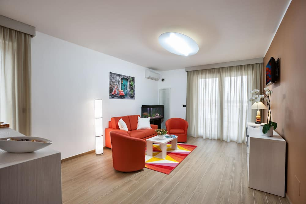 Paaugstināta komforta numurs, balkons - Dzīvojamā zona