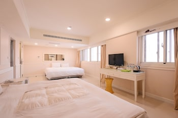 Picture of Kiwi Express Hotel-Taichung Station Branch 1 in Taichung