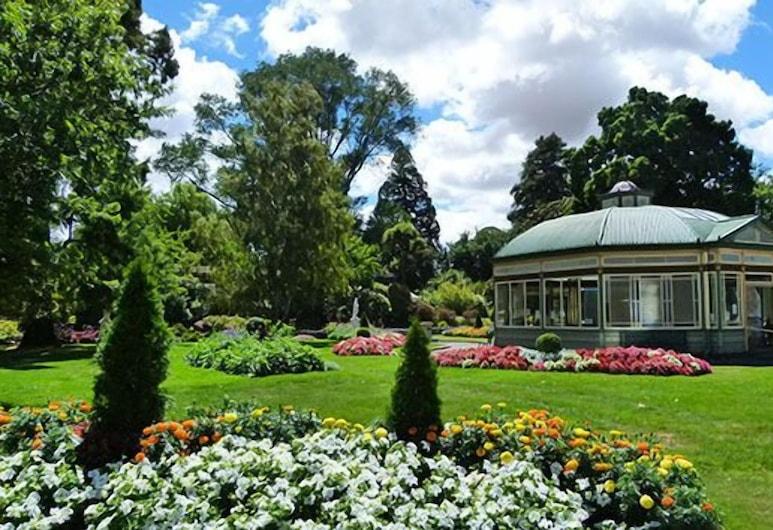 ليك ويندوري لاكشري أبارتمنتس أون ويبستر, بحيرة ويندوري, حديقة