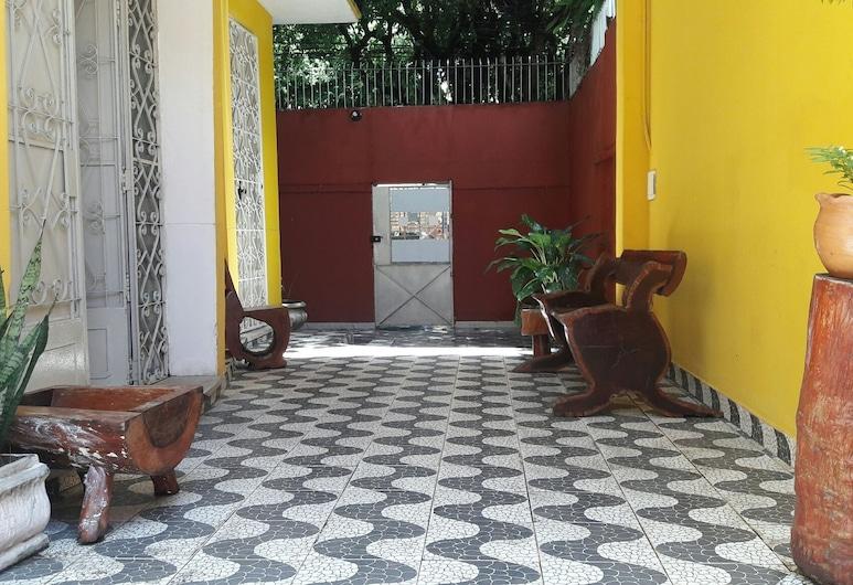 Hostel For Us, Manaus, Interior Entrance