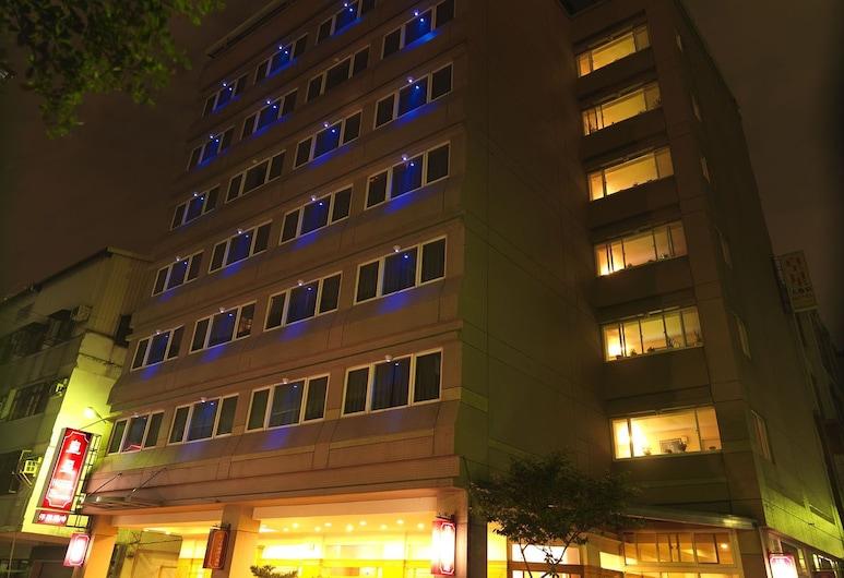 台中皇星商旅 - 上安館, 台中市, 酒店入口 - 夜景