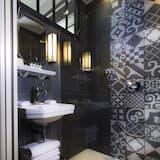 Club Double Room - Bathroom