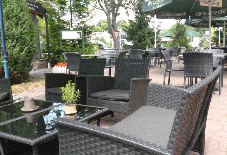 Hotel & Restaurant Kranichsberg, Voltersdorfas, Terasa / vidinis kiemas