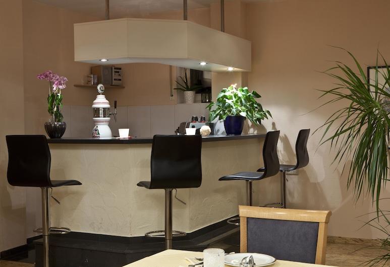 แอร์พอร์ตโฮเทล ซเตเทิน, Leinfelden-Echterdingen, บาร์ของโรงแรม